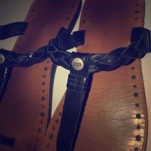 UGG leather sandals/flip flops